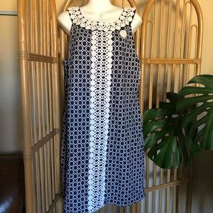 Charter Club Dress size XL built in bra blue white